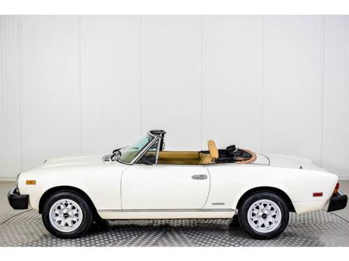 1983 Fiat 124 Pininfarina Spider Europe For Sale (picture 6 of 6)