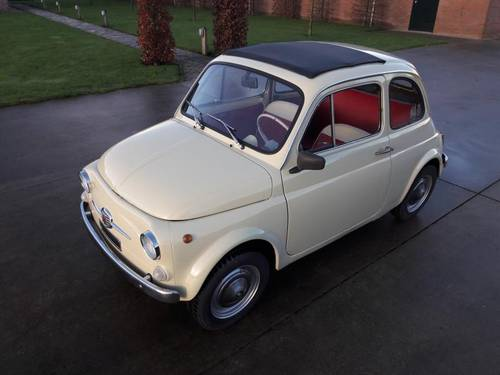 FIAT 500 F COLOR CREME 1971 LOVELY LITTLE CAR SOLD (picture 1 of 6)
