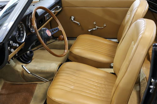 1965 Fiat 1500 Conv' 118K 5sp full restoration best available.  SOLD (picture 4 of 6)