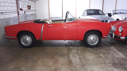 FIAT 1200 TRANSFORMABLE SPIDER 1959 RED CAL. CAR. For Sale (picture 2 of 6)
