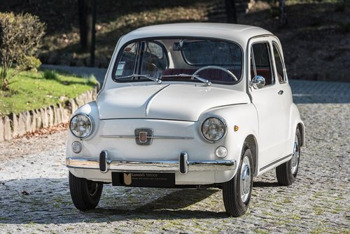 LHD 1970 Fiat 600D Fully Restored For Sale (picture 2 of 6)