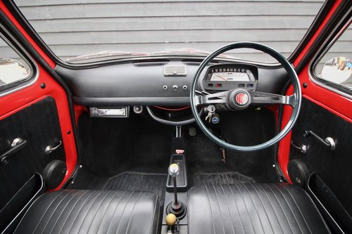 1971 This right hand drive stunning example has covered just 56K  For Sale (picture 6 of 6)