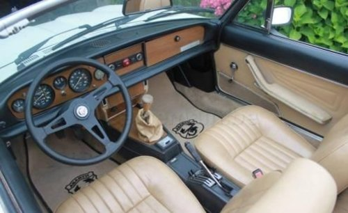 Charming Fiat 124 Spider from 1979 For Sale (picture 3 of 6)