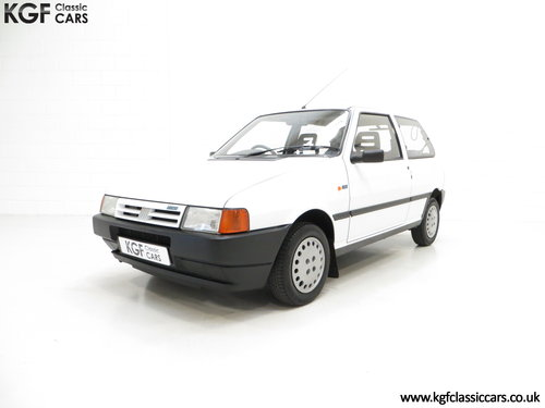 1992 A Rare Special Edition Fiat Uno 45 Spark SOLD (picture 2 of 6)