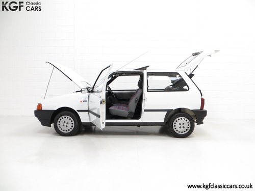 1992 A Rare Special Edition Fiat Uno 45 Spark SOLD (picture 3 of 6)