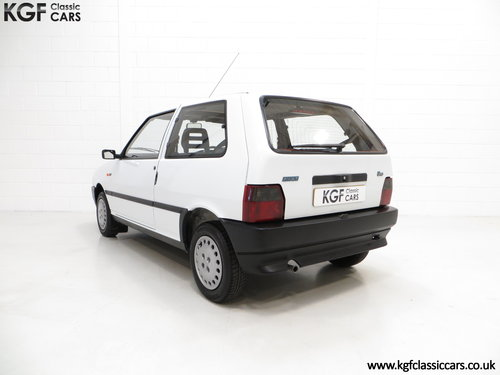 1992 A Rare Special Edition Fiat Uno 45 Spark SOLD (picture 4 of 6)