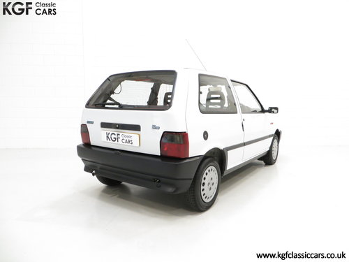 1992 A Rare Special Edition Fiat Uno 45 Spark SOLD (picture 5 of 6)