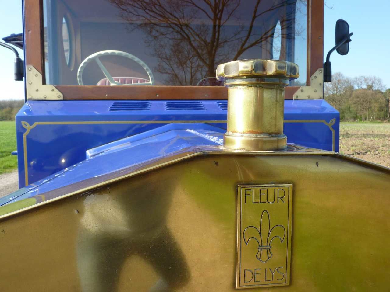 1984 Fleur de Lys Newark food truck Ford engine SOLD (picture 3 of 6)