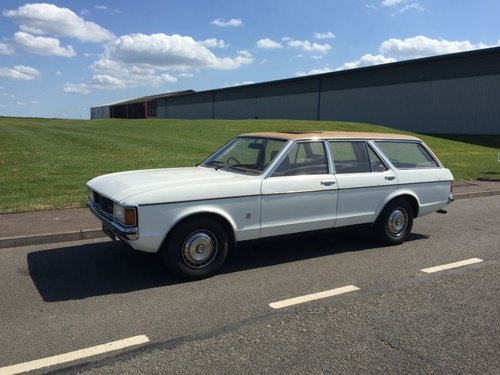 1976 STOLEN WHITE FORD GRANADA MARK 1 AUTO ESTATE For Sale (picture 1 of 4)