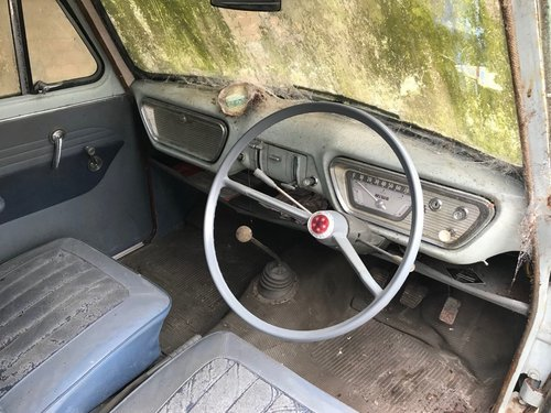 1960 FORD ANGLIA 105E DELUXE * BARN FIND 12,670 MILES!! * SOLD (picture 4 of 6)