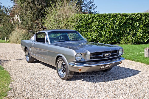 1965 FORD MUSTANG 2+2 FASTBACK  SOLD (picture 1 of 6)