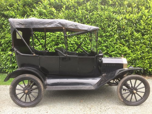 1916 Brass Radiator Ford Model T Touring SOLD (picture 2 of 5)