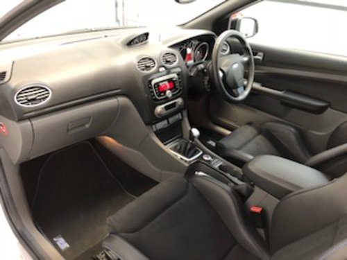 2009 Exceptional Ford Focus RS MK2 - only 11,000 miles SOLD (picture 4 of 6)