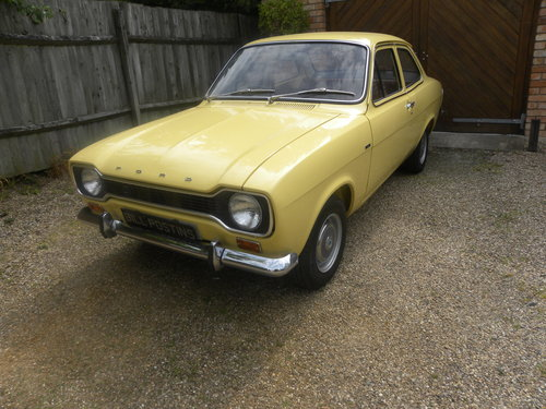 1974 FORD ESCORT MK I 2 DOOR 1.1. 2 OWNERS FROM NEW. SOLD (picture 1 of 6)