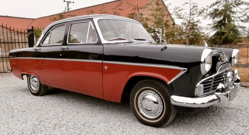 1961 Ford Zodiac MK2    ( Superb example ) SOLD (picture 1 of 6)