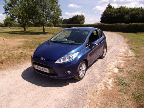 2009 Ford Fiesta 1.25 Zetec 82 For Sale (picture 3 of 6)