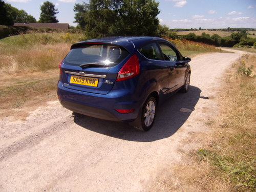 2009 Ford Fiesta 1.25 Zetec 82 For Sale (picture 4 of 6)