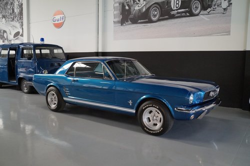 FORD MUSTANG Coupe V8 new 351 engine Loud en Fast (1966) For