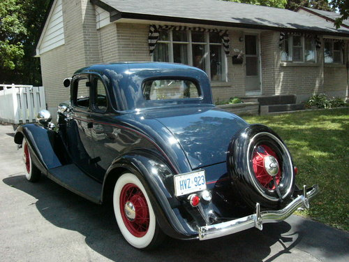 1933 Ford 5 window Coupe For Sale (picture 2 of 6)
