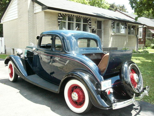1933 Ford 5 window Coupe For Sale (picture 3 of 6)