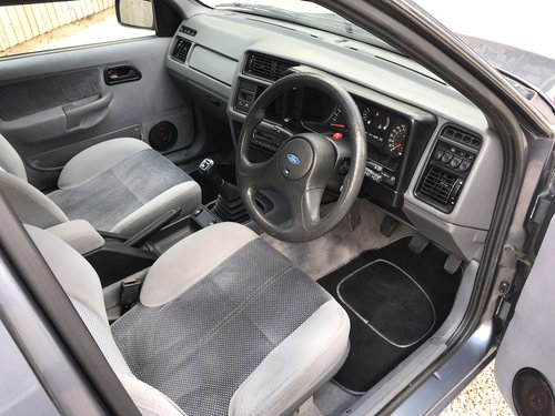 1988 Ford Sierra XR4x4 2.8 For Sale (picture 3 of 6)