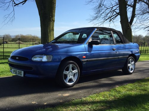 1997 Ford Escort Mk6 Cabriolet 1.6 Calypso ***NOW SOLD *** For Sale (picture 2 of 6)