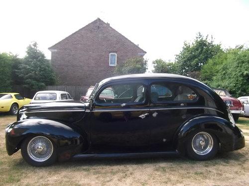 1940  Tudor Standard Sedan, Cool Hot Rod, Real Eyecatcher 302/V8 SOLD (picture 1 of 6)