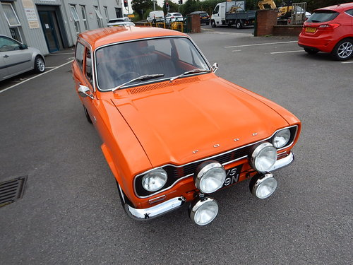 1974 FORD ESCORT Mk1 1600GT Estate SOLD (picture 2 of 6)