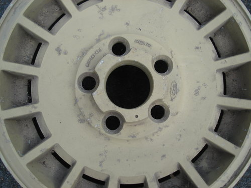 Set of alloy wheels For Sale (picture 2 of 3)
