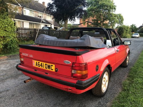 1985 Escort 1.6i Cab Exc history Princess Di style! SOLD (picture 2 of 6)