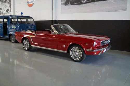 FORD MUSTANG Convertible V8 (1966) For Sale (picture 1 of 6)