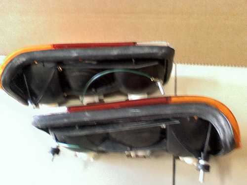 1974 TAIL LAMPS (L.H.and R.H./ Matching Pair) For Sale (picture 4 of 6)