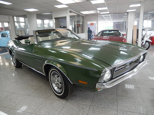 1972 ford mustang convertible  For Sale (picture 1 of 6)