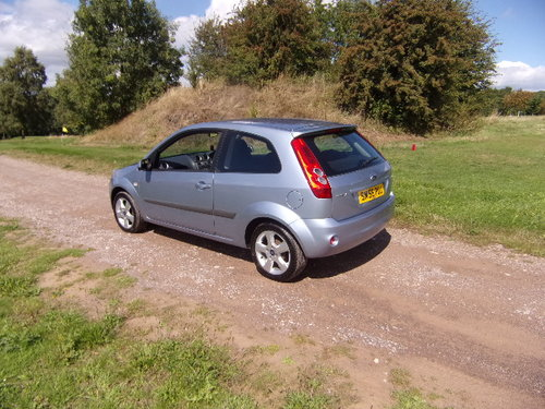 2006 Ford Fiesta 1.4 Freedom (44,525 miles) For Sale (picture 2 of 6)