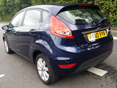 2010 LOVELY EXAMPLE OF A NOT TOO EASY TO FIND  FIESTA  AUTO  !  For Sale (picture 3 of 6)