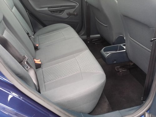 2010 LOVELY EXAMPLE OF A NOT TOO EASY TO FIND  FIESTA  AUTO  !  For Sale (picture 5 of 6)