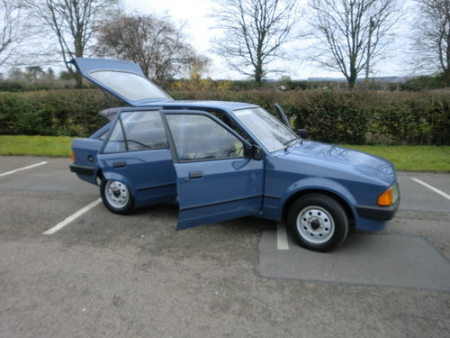 1985 Ford Escort 1.3L 30,000 miles Full Service History For Sale (picture 2 of 6)