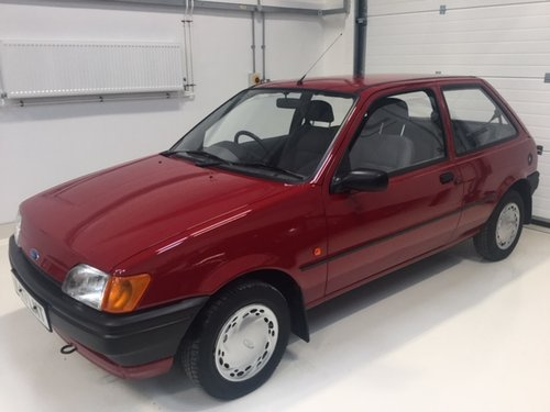 1992 Ford Fiesta MK 3 - Mint Condition - 9000 miles SOLD (picture 1 of 6)