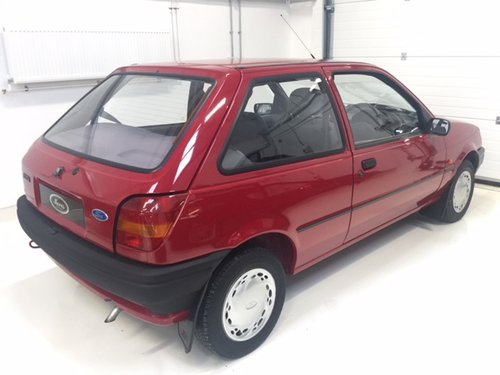 1992 Ford Fiesta MK 3 - Mint Condition - 9000 miles SOLD (picture 6 of 6)