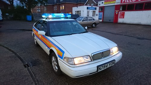 MONDEO POLICE CAR  FILM UNIT  (picture 3 of 6)