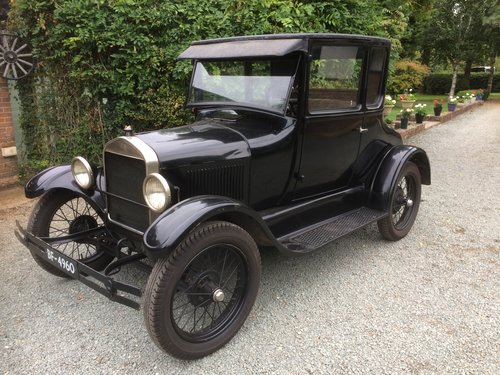Amazing Barn Find 1927 Ford Model T Doctors Coupe  SOLD (picture 2 of 5)