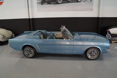 FORD MUSTANG V8 Convertible (1965) For Sale (picture 2 of 6)
