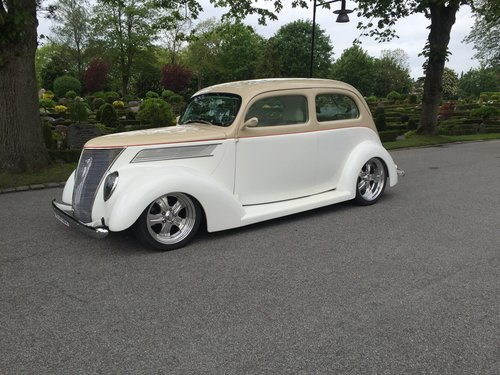 1937 Ford Deluxe Slant Back NEW PRICE For Sale (picture 1 of 5)