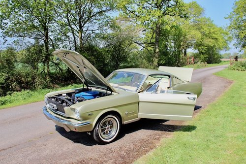 1966 Ford Mustang Fastback V8 4speed manual 4 barrel - AS NEW! For Sale (picture 6 of 6)