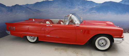 1960 Ford Thunderbird 5,7 Convertible SOLD (picture 3 of 6)