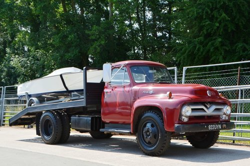 One of a kind 1955 Ford F600 car transporter For Sale (picture 2 of 6)