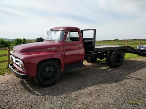 One of a kind 1955 Ford F600 car transporter For Sale (picture 3 of 6)