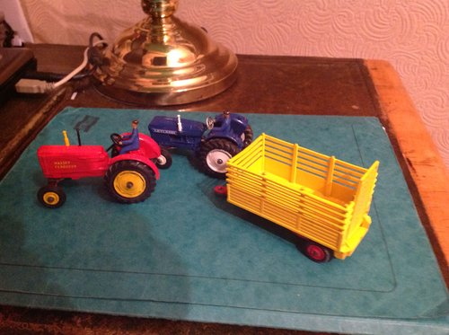 1960 Two superb sixties dinky tractors and trailer SOLD (picture 1 of 5)