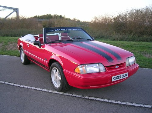 1992 Ford Mustang 5.0 Litre Fox Body Convertible For Sale (picture 3 of 6)