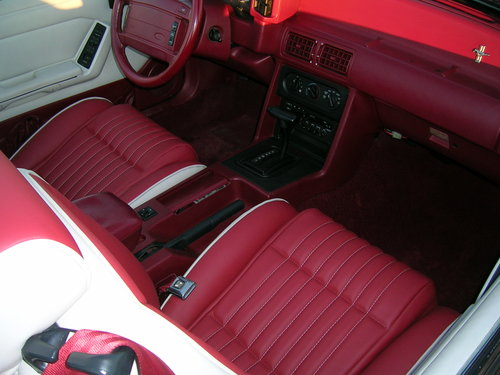 1992 Ford Mustang 5.0 Litre Fox Body Convertible For Sale (picture 4 of 6)